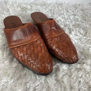 Vintage Camel Woven Leather Mules 80s 90s 7.5